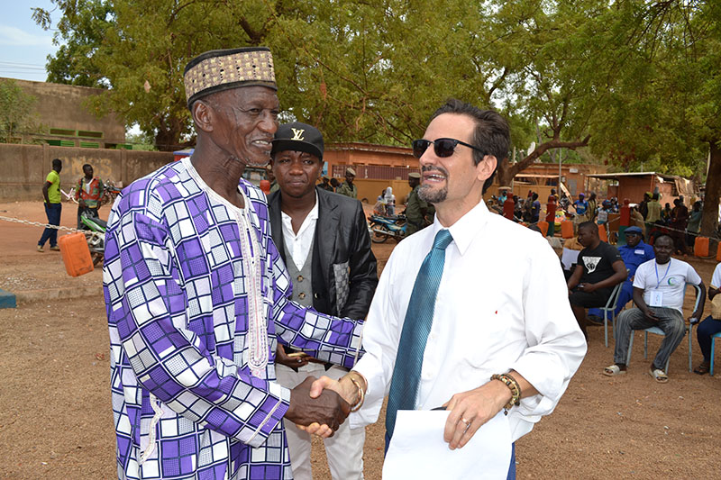 "Moussa ""Django"" Thiombiano congratulates Esu"